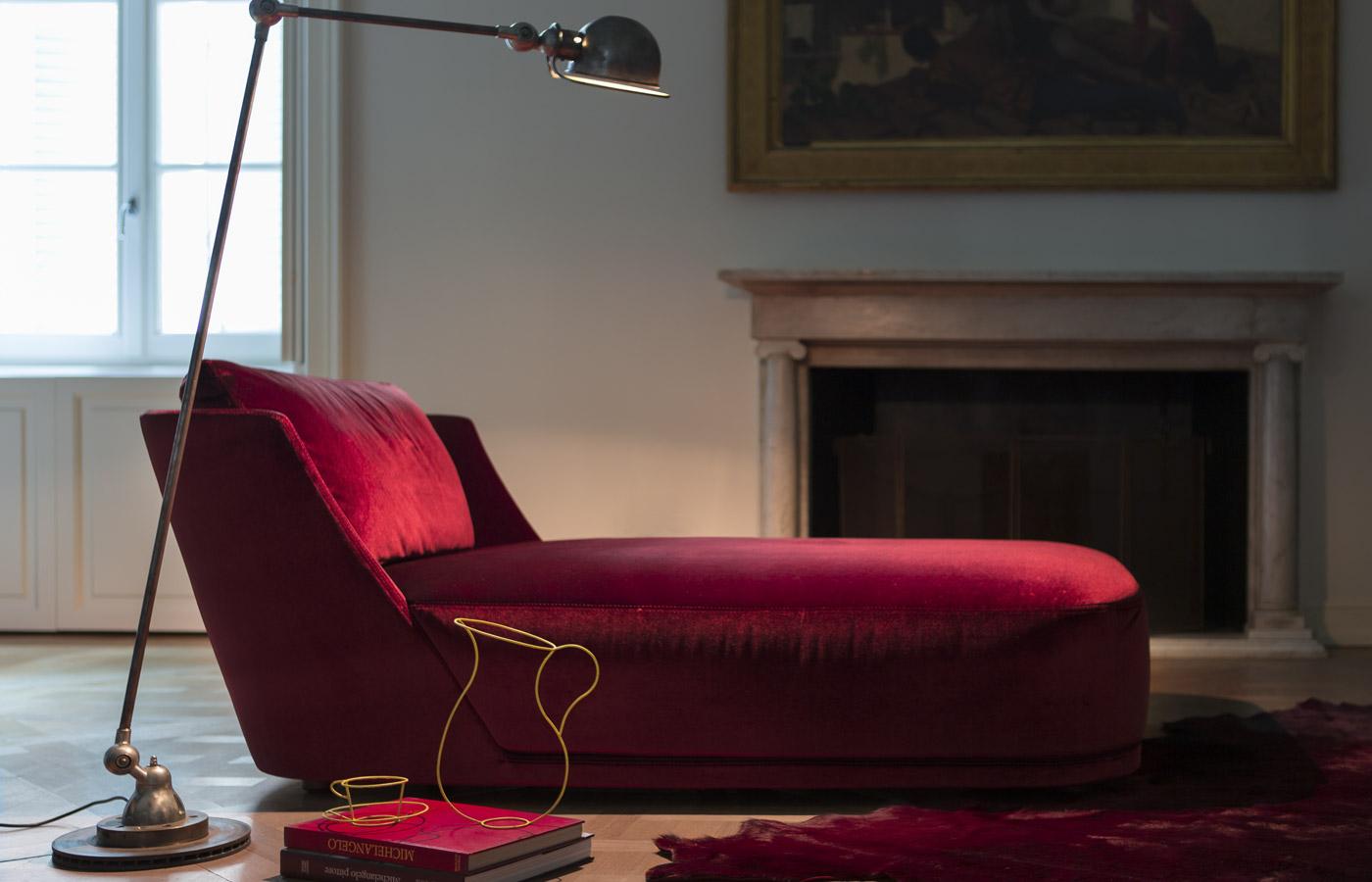 glamour les canap s en velours. Black Bedroom Furniture Sets. Home Design Ideas